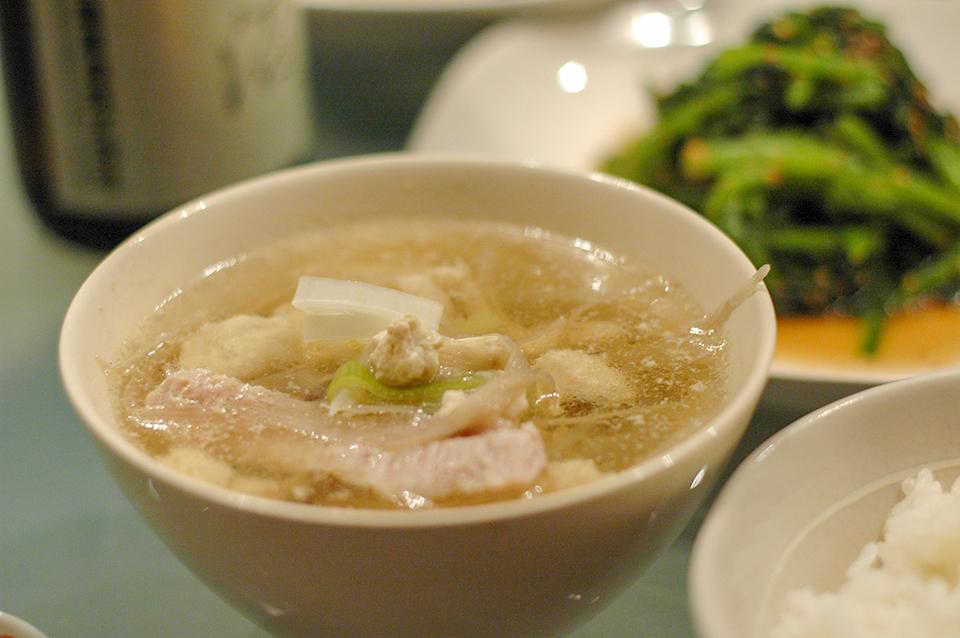 蔬菜豬肉豆腐湯