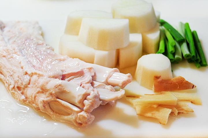 白蘿蔔牛筋燉煮