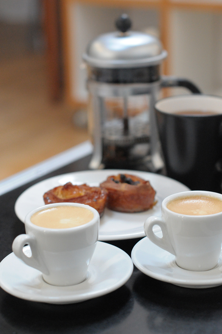 巴黎六區公寓內早餐