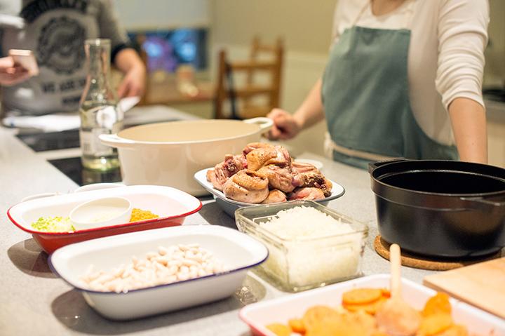 燉烤雞肉和白腰豆