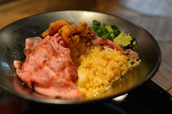 雲丹ローストビーフ丼(海膽英式烤牛肉丼)