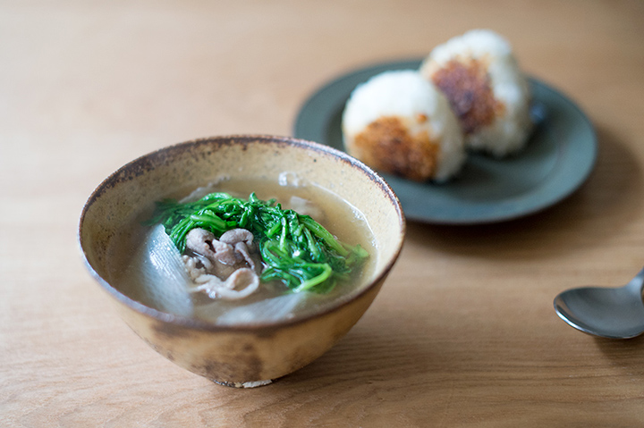 「大根豬肉湯+烤味噌飯糰」定食
