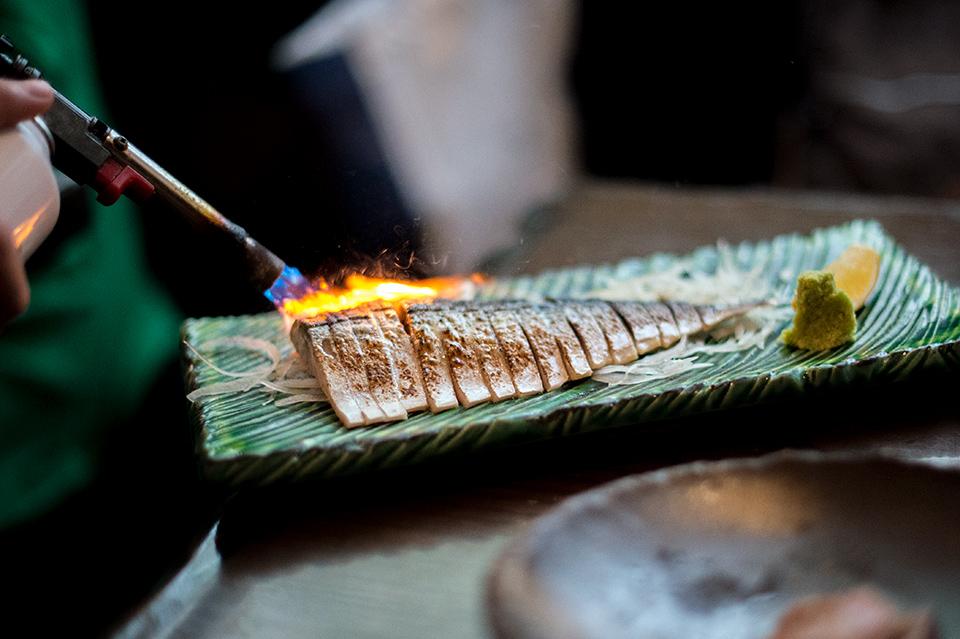 島酒場 琉炭 炙燒醋漬鯖魚腹