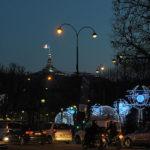 法國巴黎香榭麗舍大道‧美麗的聖誕燈飾和熱鬧的聖誕村