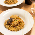 利用乾燥燉飯包快速製作美味牛肝菌菇燉飯