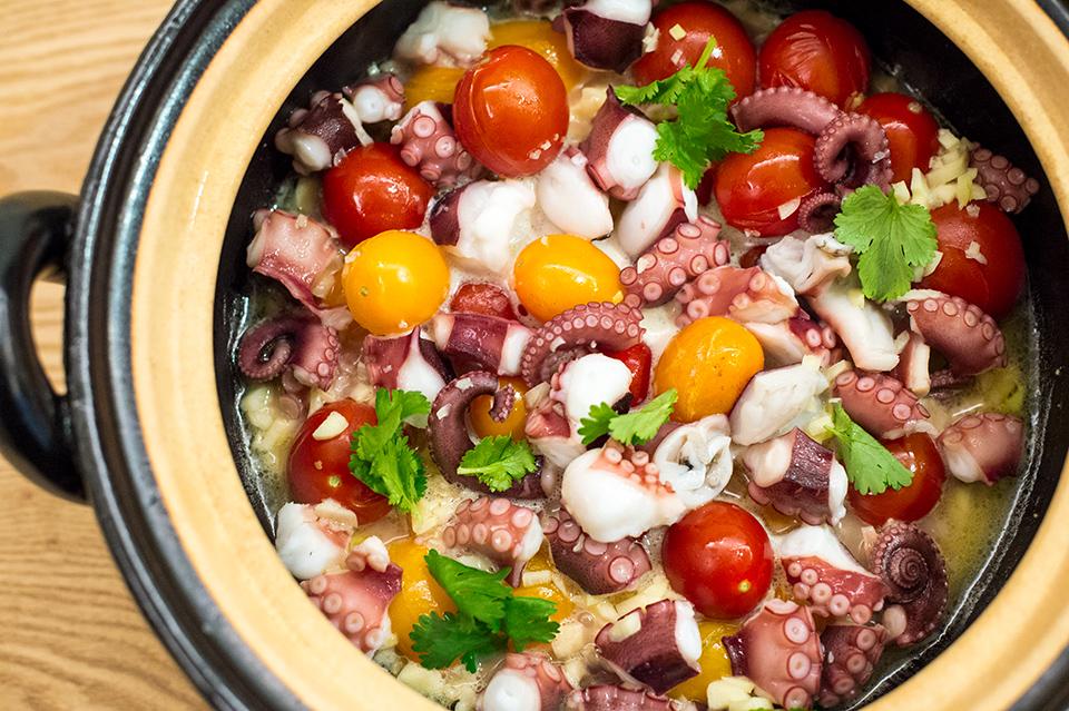 蒜香奶油番茄章魚